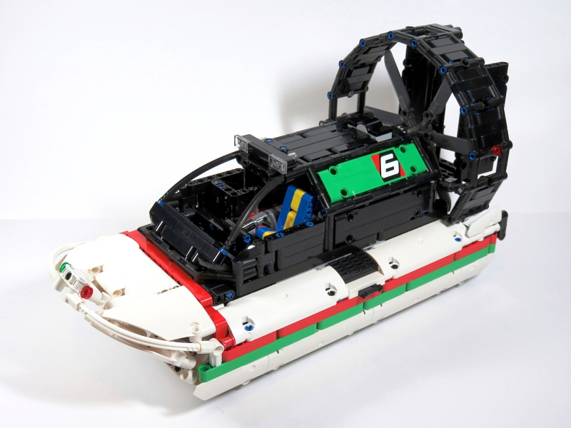 MOC] RC Airboat (that doesn't float!) - LEGO Technic and
