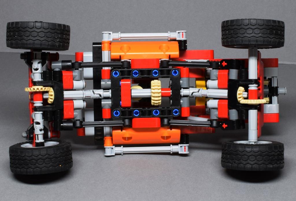 9398-lego-technic-baby-4.jpg