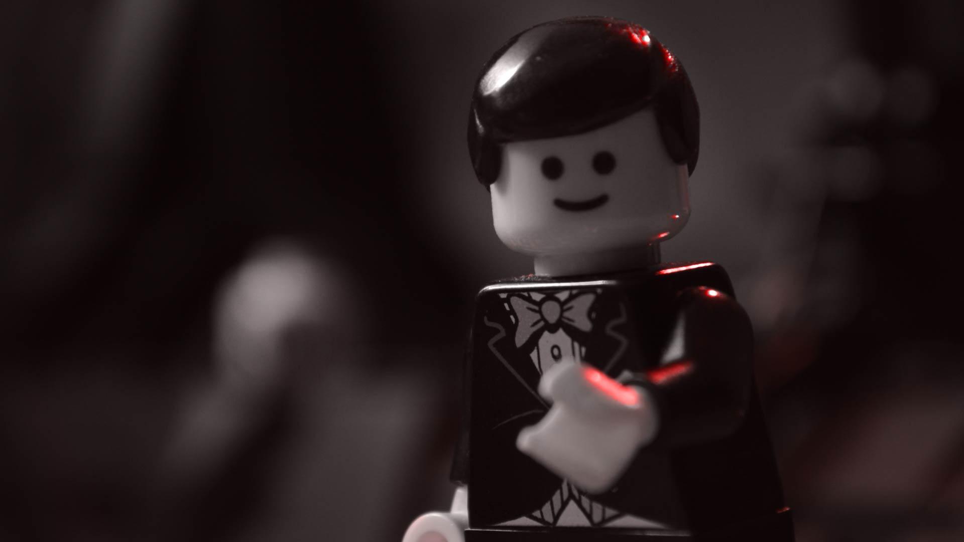 https://bricksafe.com/files/LegoSkeleton2000/behind-the-scenes-pictures/frame.jpg