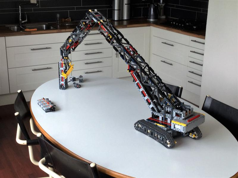 Demolition Crane Bricksafe