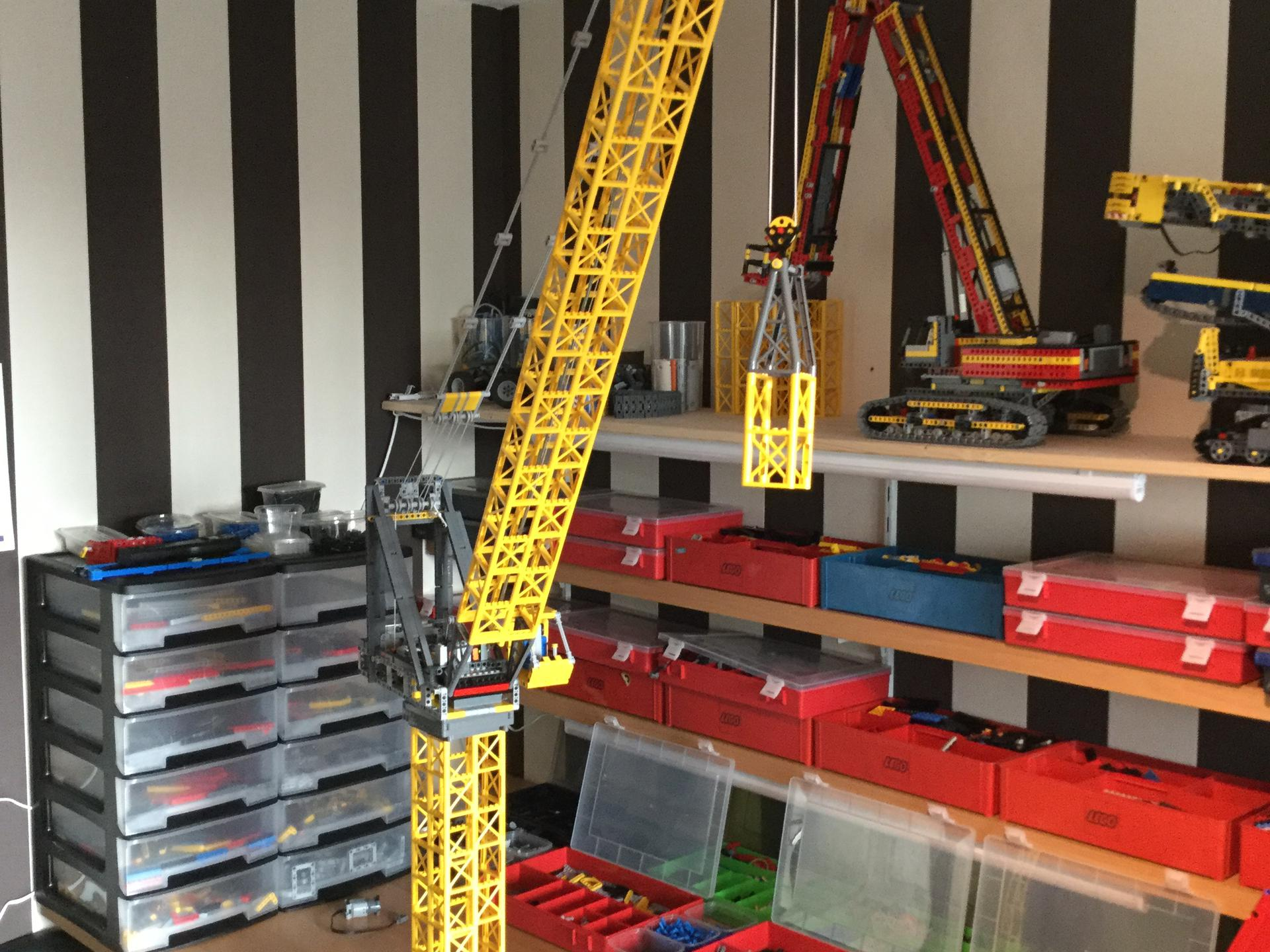 Luffing Jib Tower Crane Bricksafe