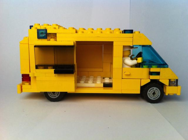 Cars and vehicles bricksafe - Lego ambulance ...