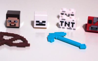 New molds included in LEGO Minecraft 21115 Crafting Box