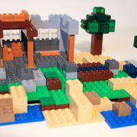 Third step of building the outdoor model of LEGO Minecraft 21115 Crafting Box