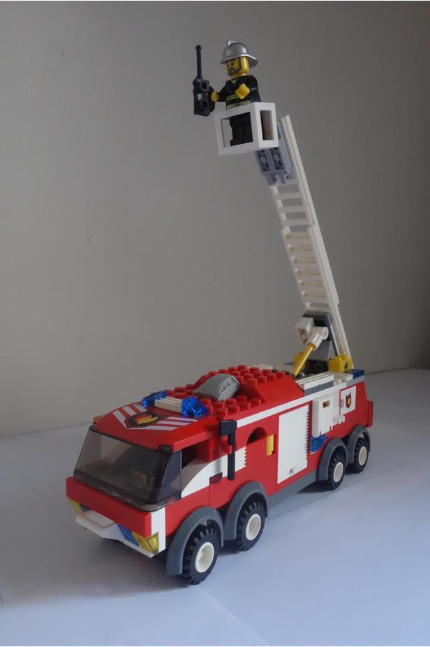 Lego Moc 8222 7239 Idea Fire Truck Town City Fire 2017