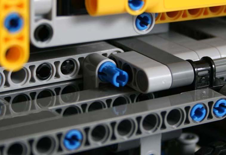 LEGO Technic 42009 Mobile Crane MKII