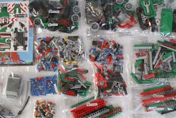 LEGO Technic 42008 Box Contents