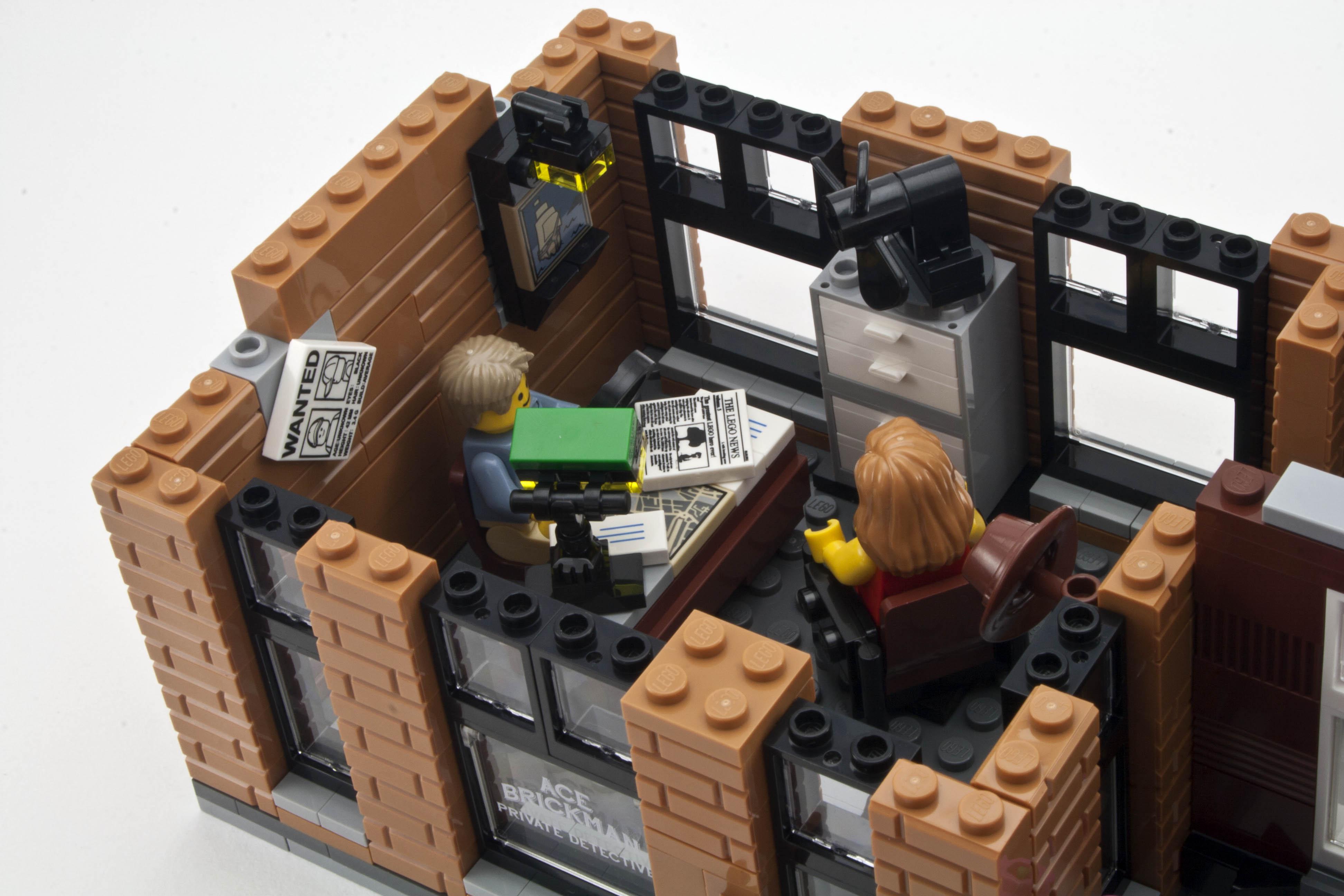 Review 10246 Detective S Office Rebrickable Build