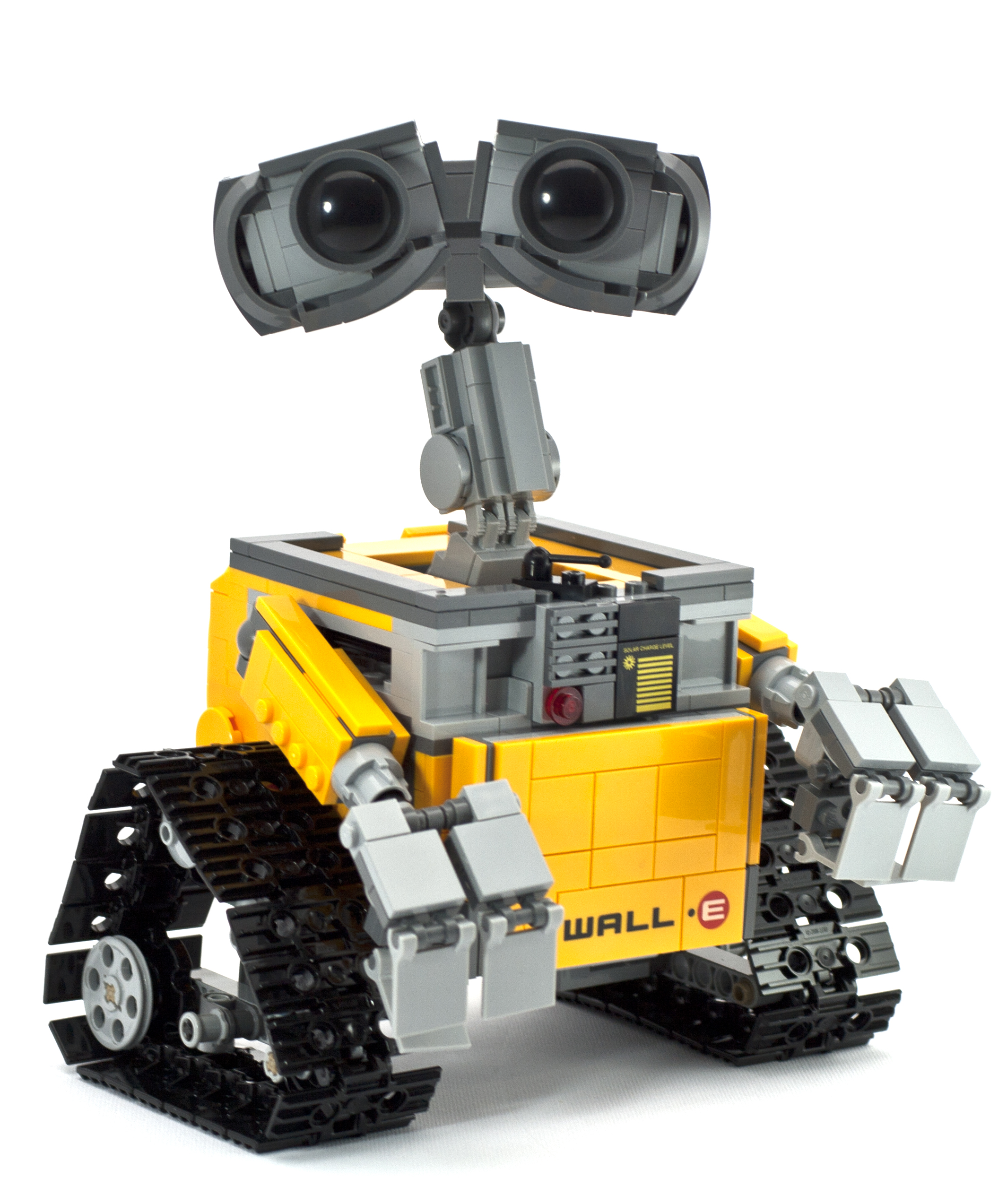 review 21303 wall e rebrickable build with lego. Black Bedroom Furniture Sets. Home Design Ideas