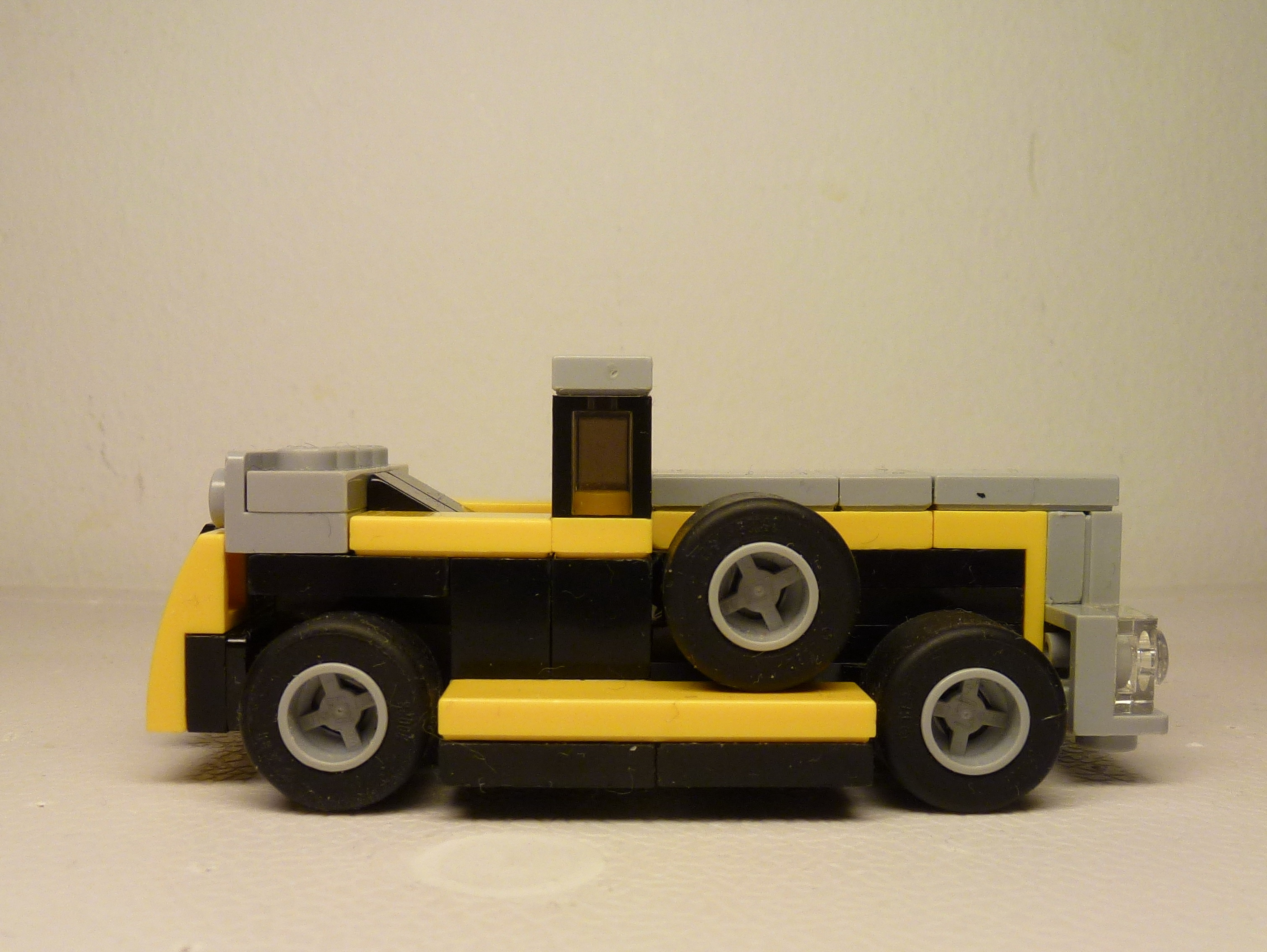 31060 1930s luxury car bricksafe