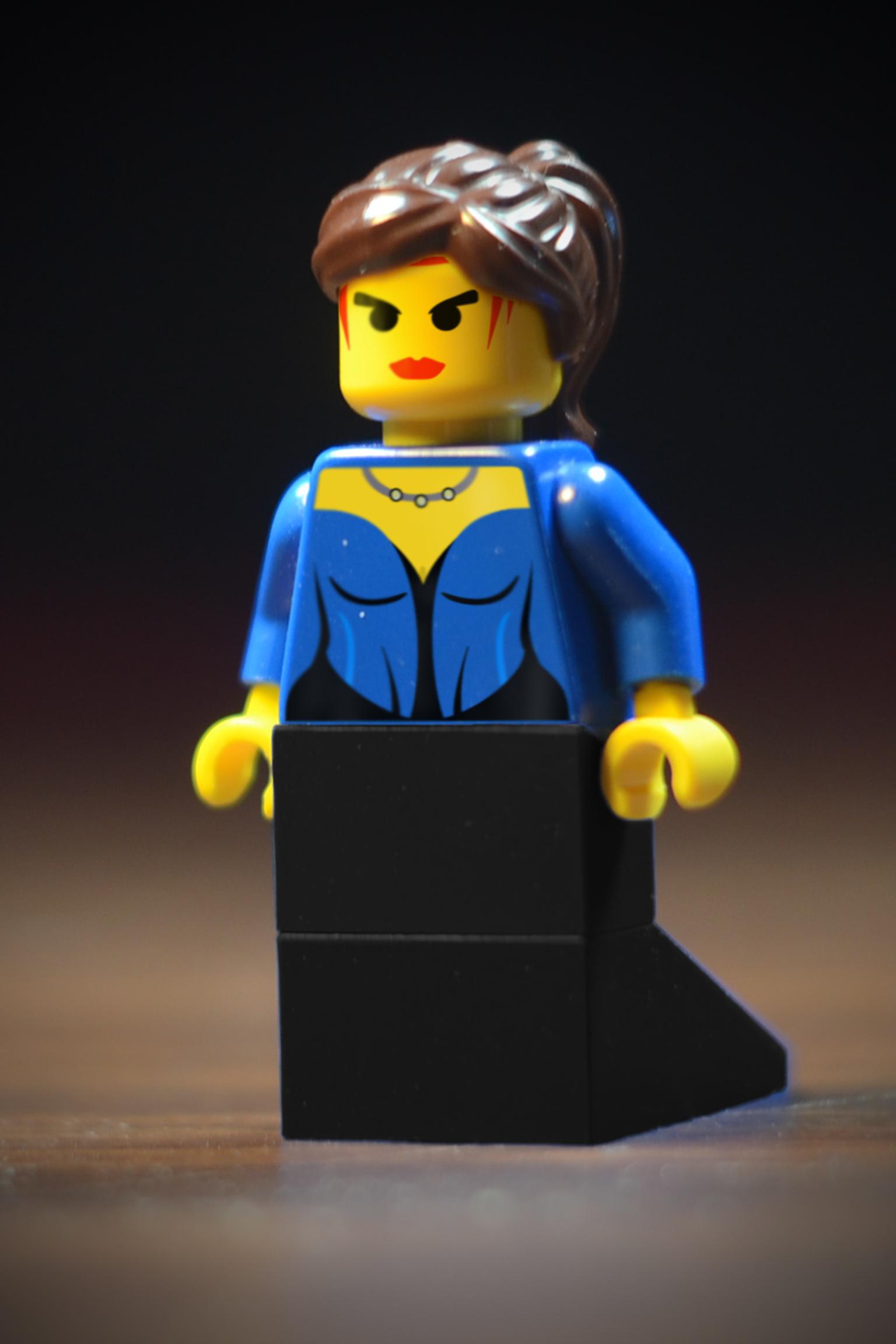 http://bricksafe.com/files/rioforce/Minifigures/Princess%20Storm/Lady%20Princess%20Storm%20Two.jpg